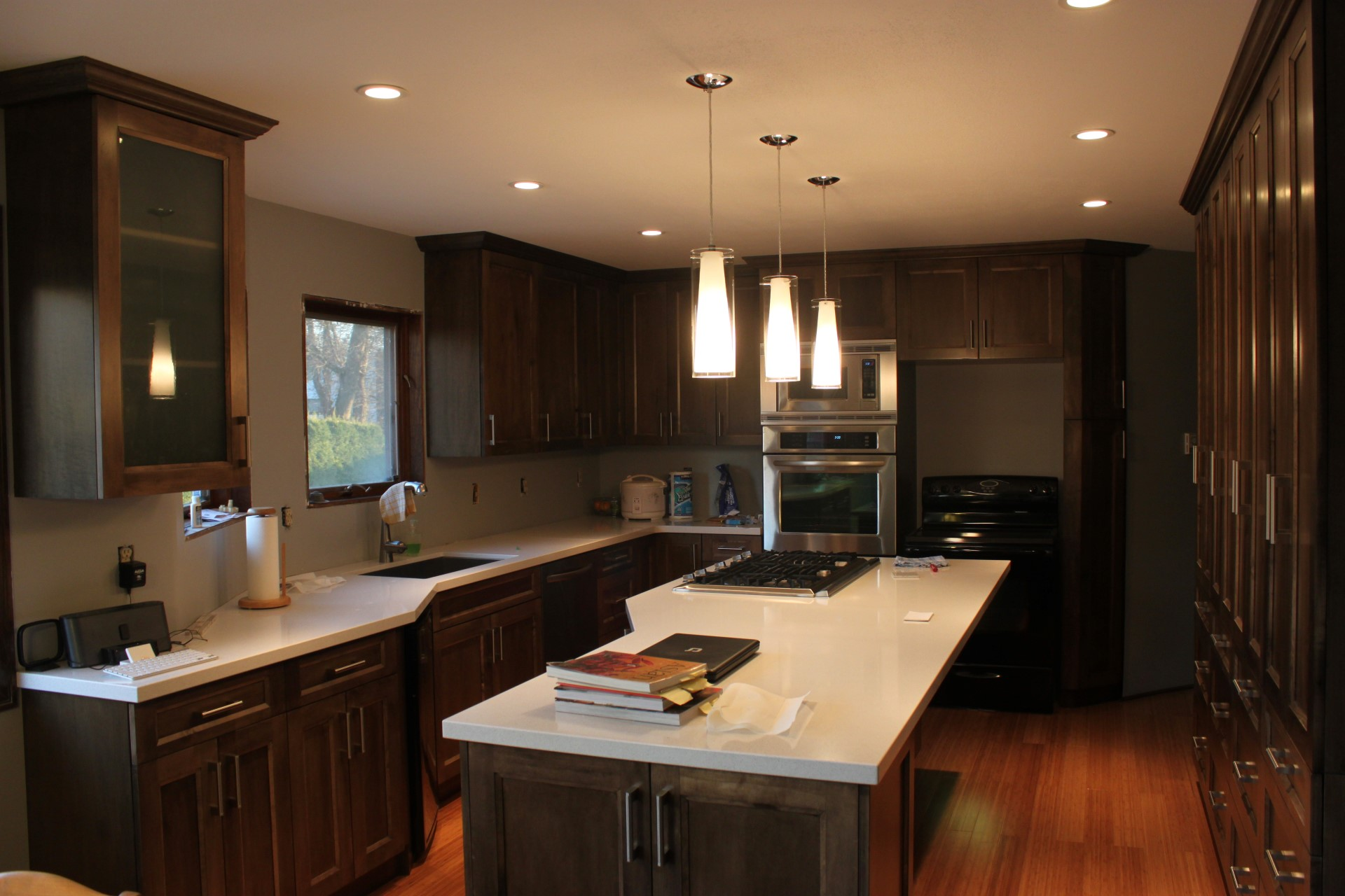 Custom built kitchens finecraft cabinetry ltd for Custom made kitchens